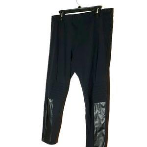 Rune Black Motto Faux Leather Detail Leggings 2X